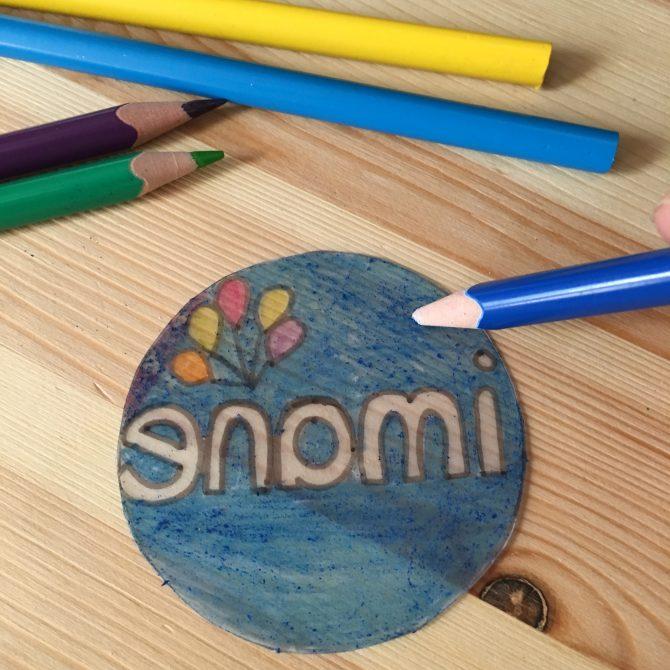 DIY : un sceau personnalisé en plastique «dingue»