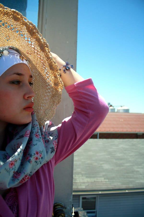 Nos astuces pour avoir moins chaud en hijab l'été