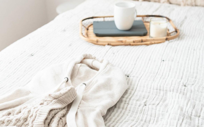 8 clés pour créer une ambiance cocooning dans votre salon